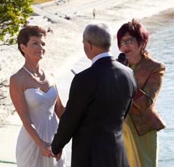 vivien reed marriage celebrant at beach side wedding