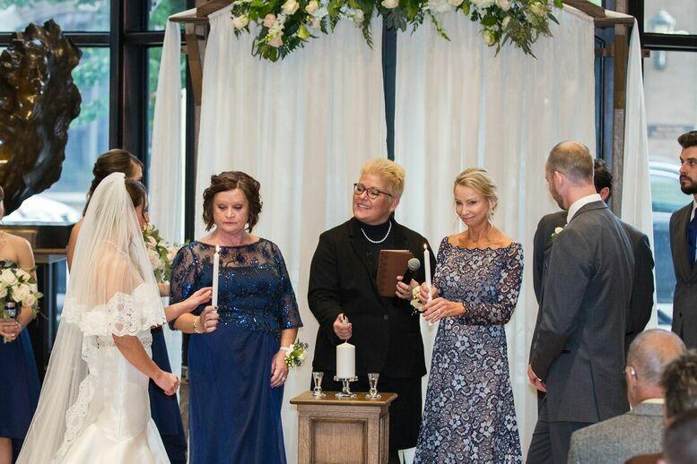 mothers in wedding ceremony